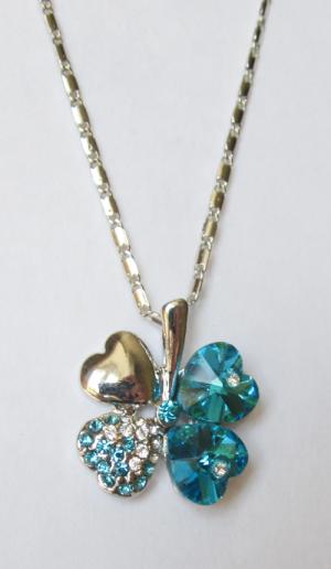 Кулон с цепочкой и бирюзовыми кристаллами