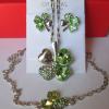 Комплект в виде цветка с зелеными кристаллами Сваровски