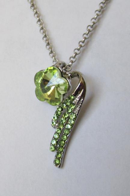 Кулон с цепочкой с зелеными кристаллами Сваровски