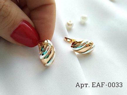 Позолоченные серьги EAF-0033 на белом фоне
