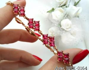 Браслет позолоченный с цветами из розовых фианитов