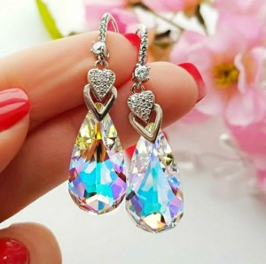 Cерьги родированные с кристаллами Сваровски EAX-0727 цена