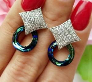 Cерьги-гвоздики родированные с фианитами и кристаллами Swarovski EAX-0893 цена