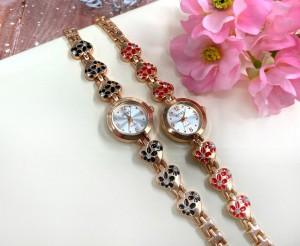 Часы позолоченные кварцевые с цветным эмалевым браслетом