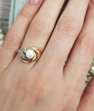 Кольцо позолоченное с жемчужной вставкой RI-0002 купить