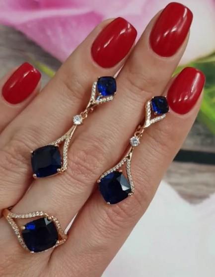 Комплект кольцо и серьги с синими фианитами