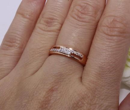 Кольцо позолоченное с фианитами R-0017 стоимость