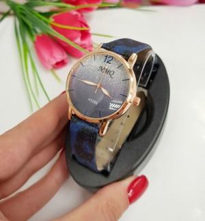 Часы женские кварцевые с черным браслетом