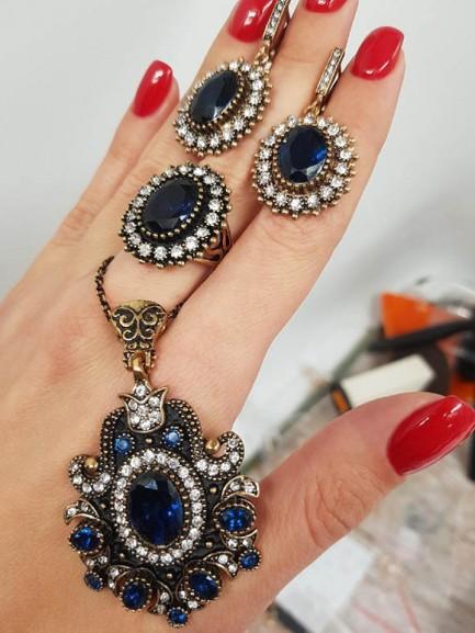 Набор восточных украшений с синим камнем