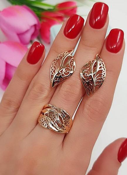 Комплект ажурной позолоченной бижутерии серьги и кольцо
