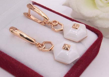 Серьги позолоченные керамические E-676-g-white цена