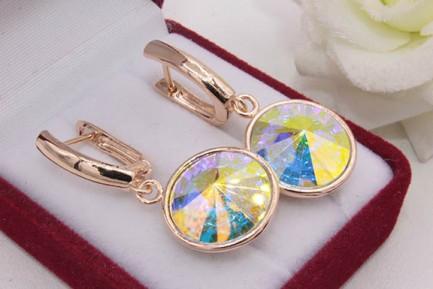 Серьги позолоченные с кристаллами Swarovski E-739 цена