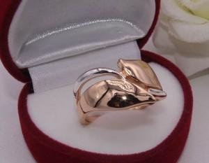 Кольцо стильное с комбинированным покрытием RIF-0190 недорого