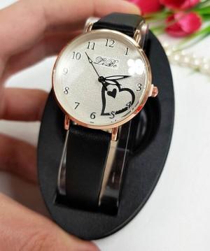 Часы женские кварцевые с сердечком