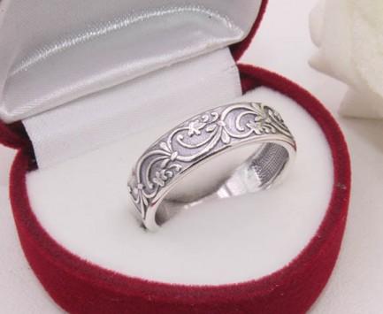 Кольцо с орнаментом посеребренное R-0093 цена