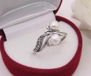 Кольцо жемчужное с серебряным покрытием R-0117 цена