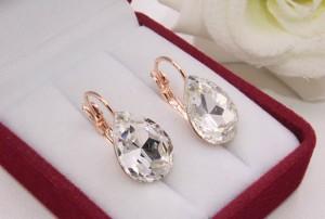 Cерьги с кристаллами Сваровски E-1114 цена