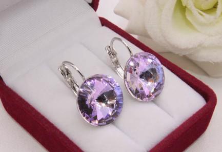 Cерьги родированные с кристаллами Сваровски E-1136 цена