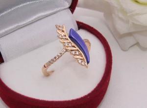 Кольцо с цветной керамикой и фианитами R-0140 недорого