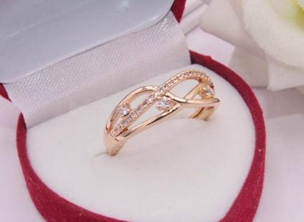 Позолоченное кольцо с фианитами RIF-0073 стоимость