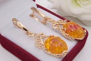Серьги позолоченные с имитацией янтаря E-1193 цена