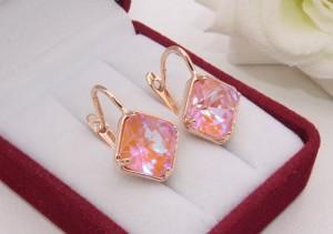 Cерьги позолоченные с кристаллами Сваровски E-1196 цена