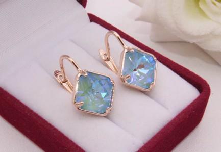 Cерьги с цветными кристаллами Сваровски E-1204 цена