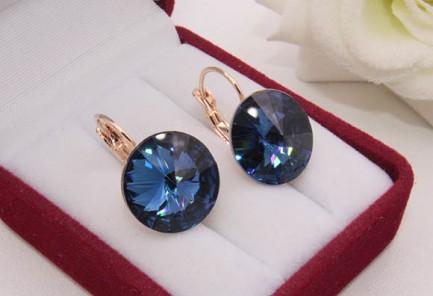 Cерьги с кристаллами Сваровски E-1209 цена