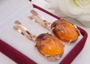 Серьги позолоченные с имитацией янтаря E-1213 цена
