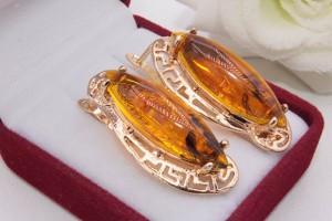 Серьги позолоченные с искусственным янтарем E-1223 цена