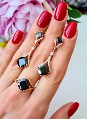 Комплект позолоченный кольцо и серьги с черными фианитовыми вставками