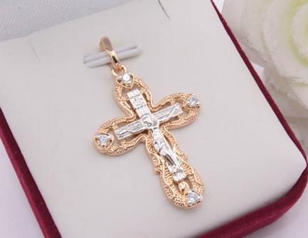 Крестик позолоченный с белыми фианитами