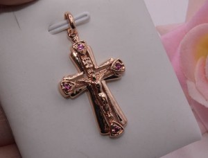 Крест с розовыми фианитами