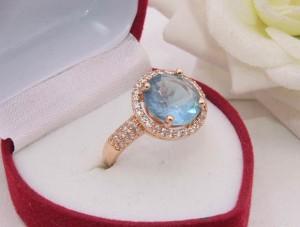 Кольцо позолоченное с цветной вставкой R-0275 стоимость