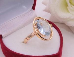 Кольцо позолоченное с фианитовой вставкой R-0281 купить