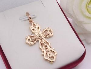 Крест ажурный позолоченный гипоаллергенный