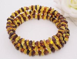 Браслет из янтаря желтого и коричневого цвета