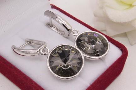 Cерьги родированные с черными кристаллами Сваровски