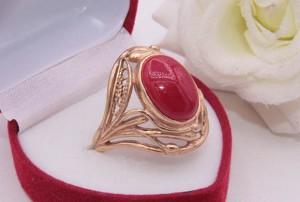 Кольцо ажурное с цветной вставкой R-0401 цена