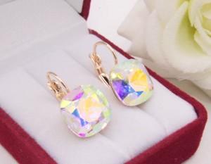 Cерьги с цветными разноцветными кристаллами Сваровски
